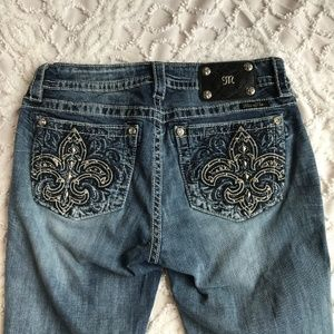 MIss Me Mid Rise Skinny Jeans size 31